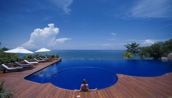 Eskaya Beach Resort & Spa 5*